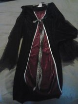 Girls Vampire Halloween Costume in Alamogordo, New Mexico