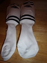 #8013 SPORTS KNEE SOCKS WITH BUILT IN PAD. SIZE SM in Fort Hood, Texas