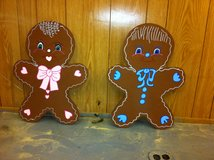 gingerbread boy and girl in Alexandria, Louisiana